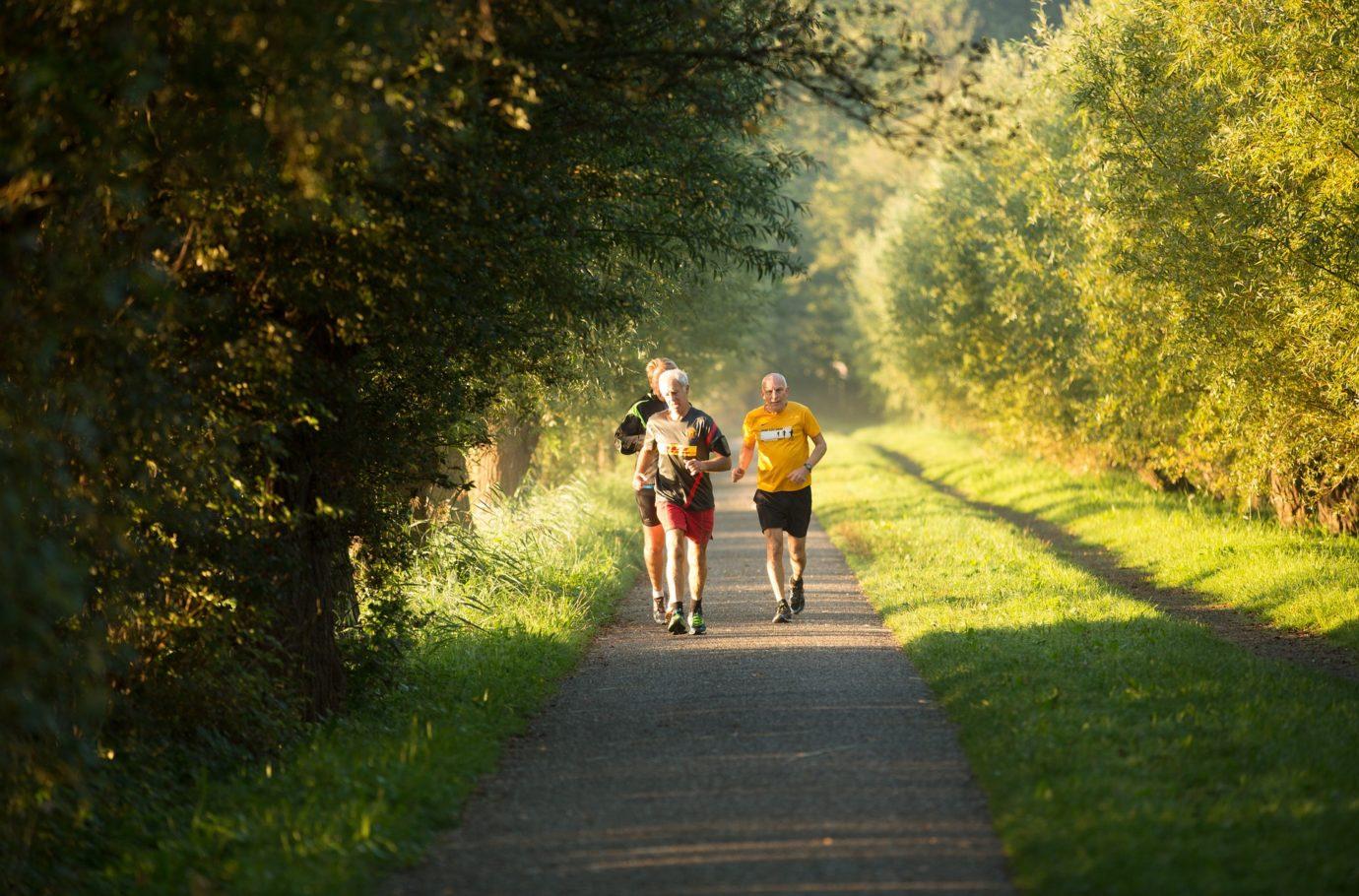 senior running